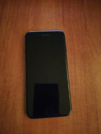 Sprzedam iPhone 7 32 GB