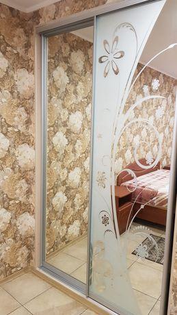 3-комнатная на б-ре Студенческом с ремонтом,мебелью и автономкой