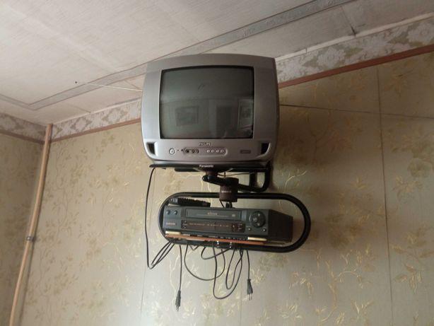 Полка навесная для телевизора