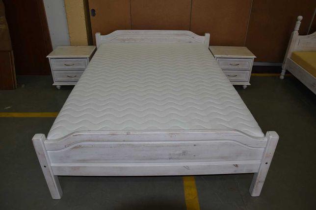 łóżko do sypialni z materacem i szafkami nocnymi