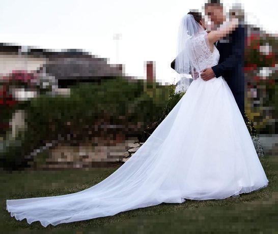 Suknia ślubna z trenem, gratis welon + sukienka na poprawiny