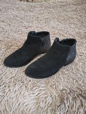 Демисезонные ботинки на девочку, 32 размер