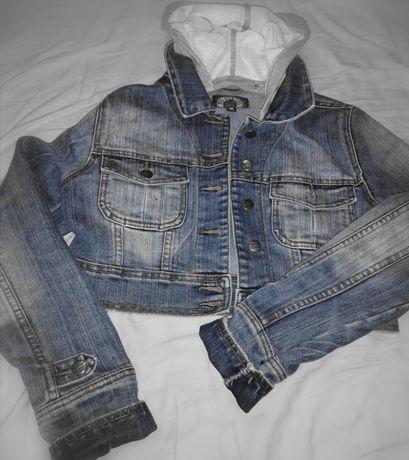 Świetna kurteczka jeansowa
