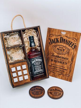 Подарочная коробка Jack Daniels из дерева + 2 костера в подарок