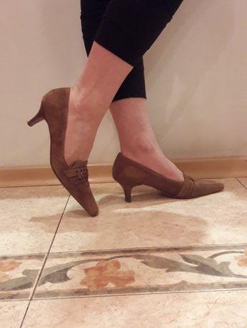Замшевые туфли- низкий каблук. 36 р. K+S Shoes Охра. как новые