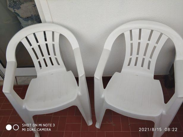 Cadeiras de varanda de plástico