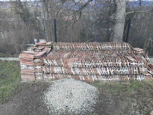 Dachówka ceramiczna z rozbiórki