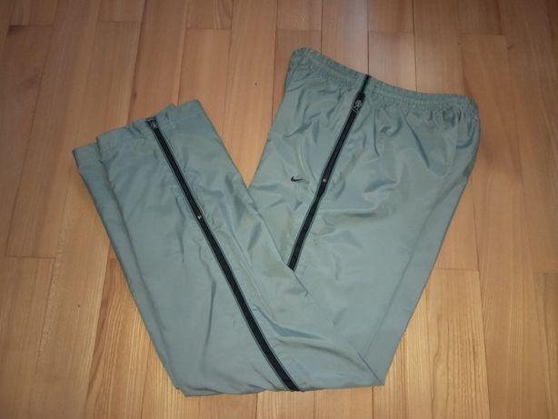 Спортивні штани брюки Nike Оригінал Ріст 155-165см Стан відмінний