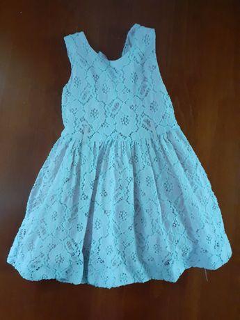 Rozowa koronkowa sukienka