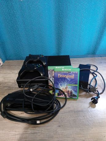 Xbox One (Fat) 1TB, kinect + 2 gry