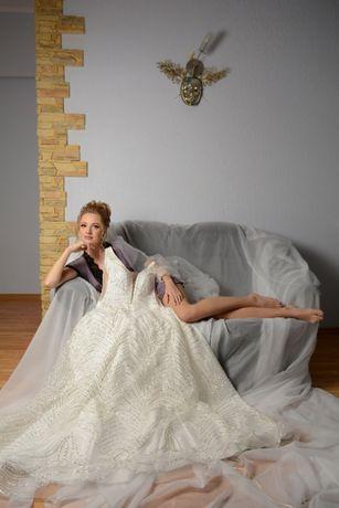 Свадебное платье*