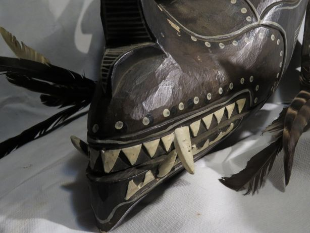 Mascara tribal oriental