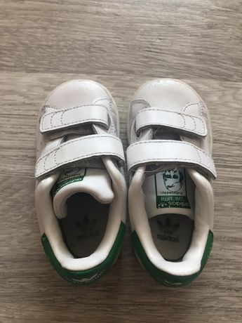 Кроси Adidas, кеды, кроссовки