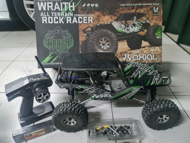 RC crawler Axial Wraith 1/10th Scale 4wd