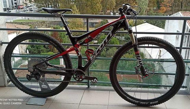 Bicicleta de montanha SCOTT Spark Carbono roda 29