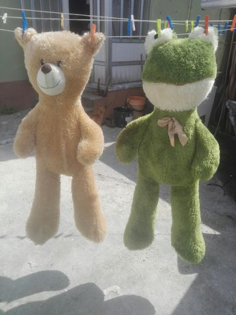 Vendo 2 ursos grandes