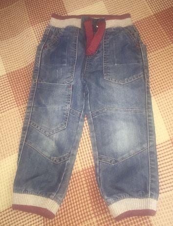 Джинсы,штаны-плащёвка на мальчика.