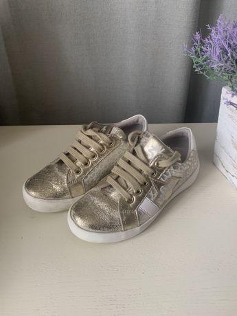 Кеды, кроссовки для девочки 28 размер