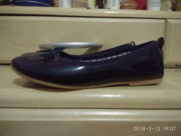 Туфлі балєтки лакові