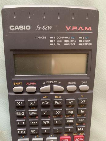 Calculadora Casio fx-82w