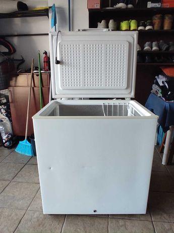 Arca congeladora Ignis ICF221 EG 207L