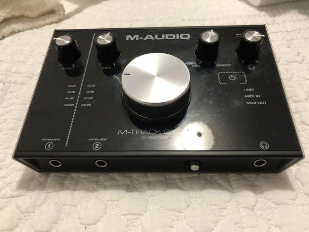 M-Track 2x2M C-Series