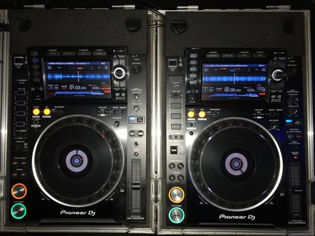 Pioneer CDJ 2000 NEXUS 2 + DJM 2000 NEXUS + CASE.. faktura VAT 23% !!