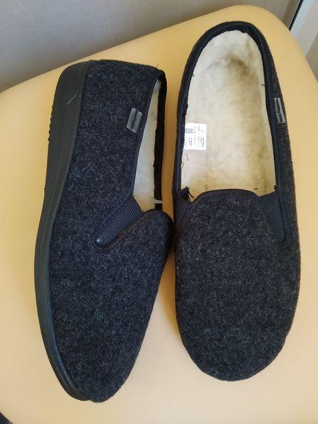 43 р. Hush puppies новые мужские утеплённые туфли мокасины тапочки