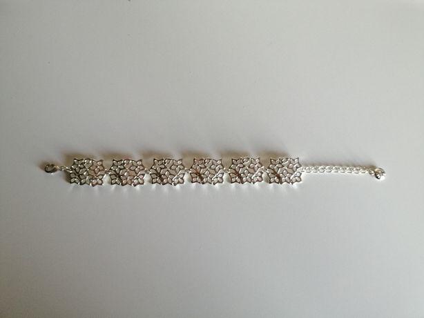 Kolor srebrny srebrna bransoletka bransoleta na łańcuszku łańcuszek