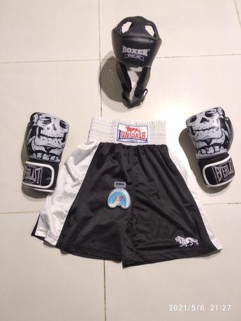 Шлем перчатки и шорты для бокса 7-10 лет