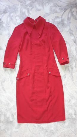 Плаття червоне стильне