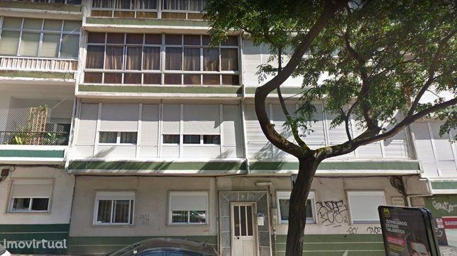 Apartamento T3 Cova da Piedade, Remodelação total