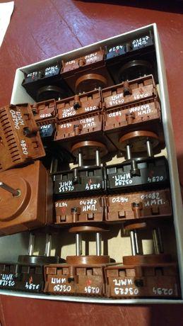 Набор 18 штук зарядные устройства с пломбами имп радиодетали ссср