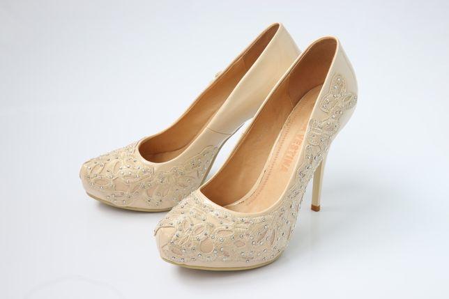 Женские туфли 39 размер (как новые)