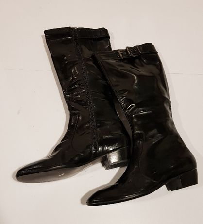 Botas pretas em verniz - Novas - Vintage