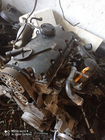 Мотор Двигун 1.9 TDI AWX 96kw Passat Audi Superb
