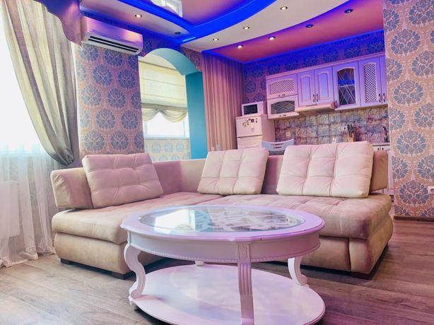 Сдается двухкомнатная  квартира со всеми удобствами в Оболонском район