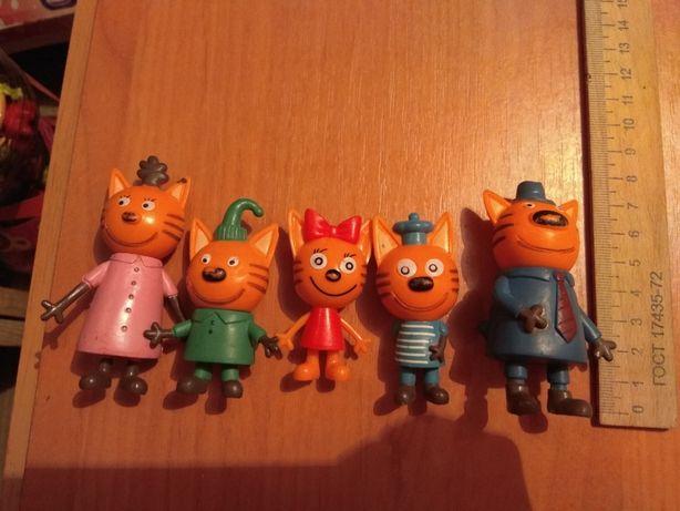 Фигурки из мультфильма 3 кота