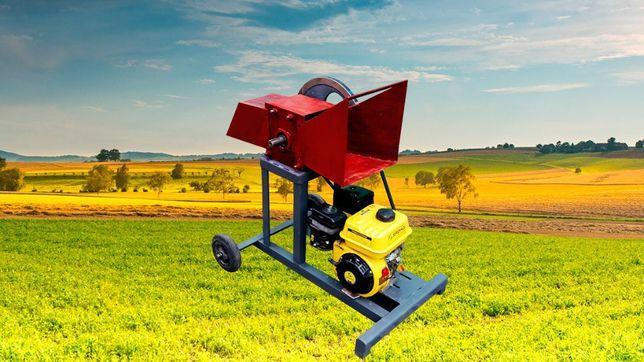 Веткоруб садовый измельчитель дров веток и обрези бензиновый двигатель