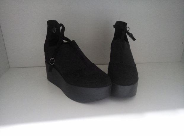 Туфли модные полуботинки