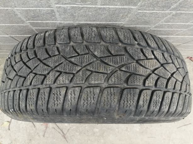 Продам покрышки 205/55 R16 Dunlop SP Winter Runoflat