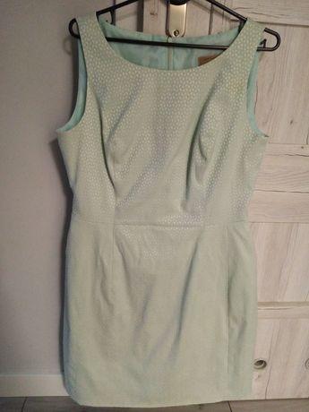 Seledynowa sukienka 42