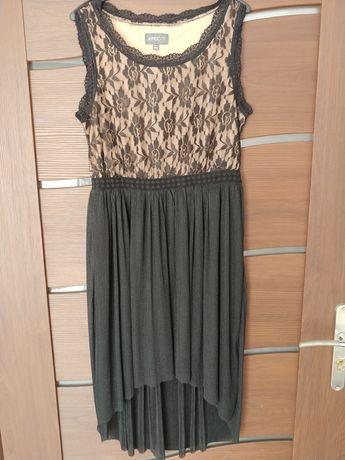 Sukienka niesymetryczna 40-42