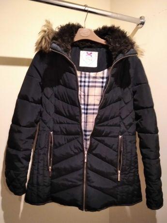 Czarna pikowana zimowa kurtka damska firmy Butik rozmiar 38