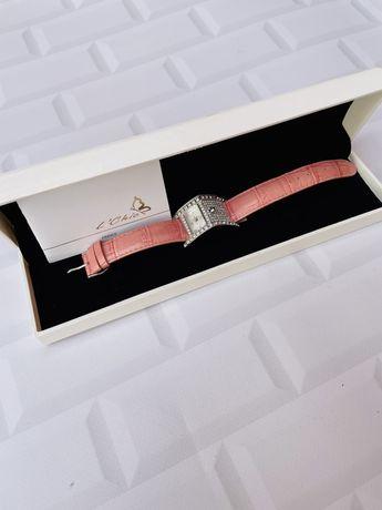 Часы женские марки Le Chic Франция с камнями сваровски