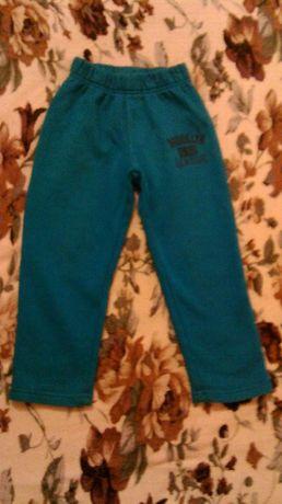 Штаны брюки на мальчика тепленькие на флисе 110 размер Коттон Waicici
