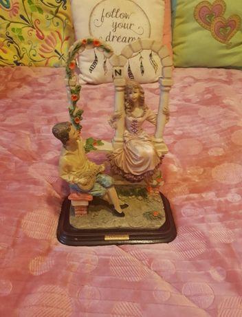 Estátua em Marfinite Casal de Namorados Anos 80