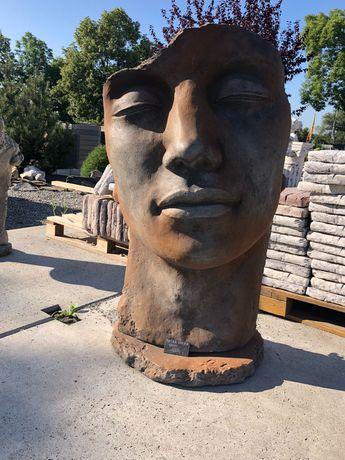 Twarz kobiety, twarz mężczyzny, twarz betonowa, Opole