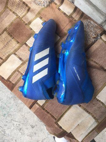 Продам бутсы 42р adidas