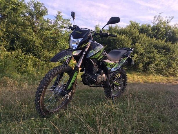 Мотоцикл Shineray XY 250